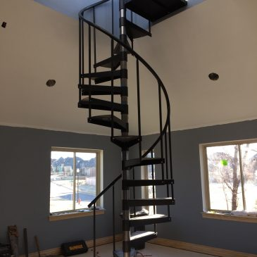 Ft. Clinton Update – The Spiral Staircase, Lighting & New Carpet